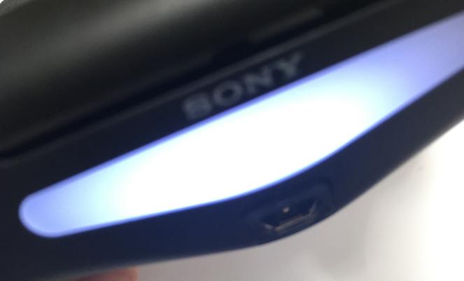 iPhoneとPS4コントローラーの接続 PS4コントローラーが白く点滅する