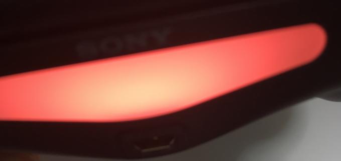 iPhoneとPS4コントローラーの接続 PS4コントローラーがオレンジに光る