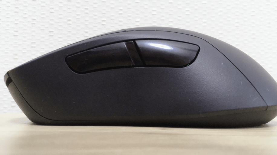 ゲーミングマウスg703hのサイドボタン
